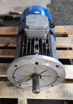 Motor electric trifazat F132MB4 | 9/10,8 kW | 1430/1720 rpm